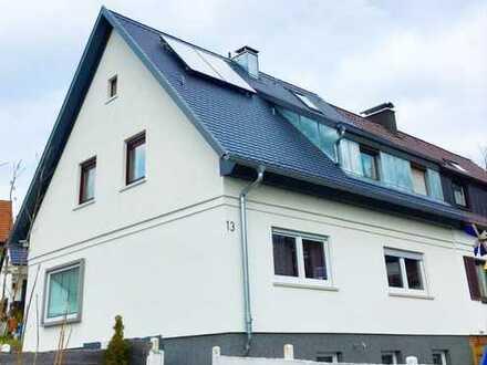 **Doppelhaushälfte in Toplage von Böblingen** mit großem Garten
