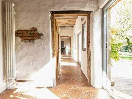 Idylle pur: liebevoll saniertes Seminarhaus / Landhaus in herrlicher Naturlage