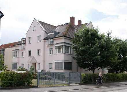 Schwandorf . 2 Zimmer-Wohnung im 1. OG mit Aufzug - nur für Senioren