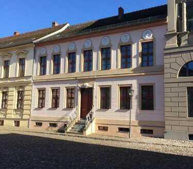Schöne Dachgeschoss direkt Am Neuen Markt