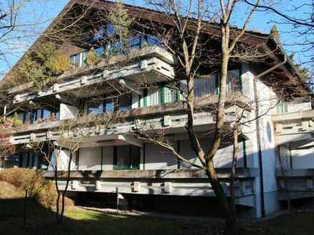 Provisionsfrei. Großzügig geschnittene, helle 3-Zimmer-Maisonette-Wohnung in Pullach im Isartal