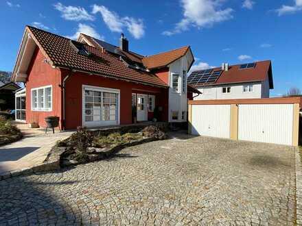 Traumhaus mit Doppelgarage, Wintergarten und Balkon!
