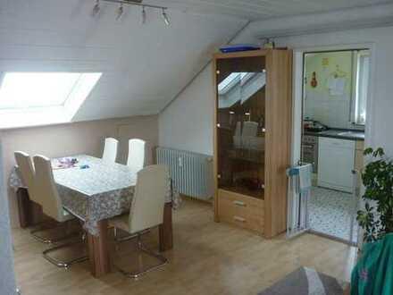 Dachterrassen-Wohnung in ruhiger Lage