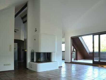 Helle, offen geschnittene 5-Zimmer Luxus Dachterrassen-Wohnung in München, Allach