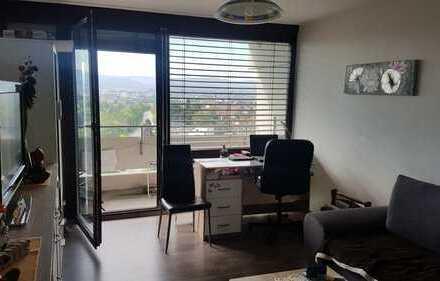 1-Zimmer-Wohnung mit schöner Aussicht auf Reutlingen