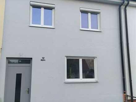 Frisch renoviertes Reihenmittelhaus in Unterhaching