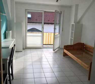 Möbliertes 1-Zimmer-Apartment mit Balkon in Dossenheim bei Heidelberg