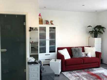 Gehobene 1-Zimmer Wohnung in Maximiliansau mit Terasse u. Küche