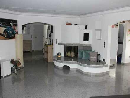 Hochwertig ausgestattete 4,5 Zi.-Mais-Whg. m. 2 Balkonen, Einzelgarage u. Außenstellplatz - Eppingen