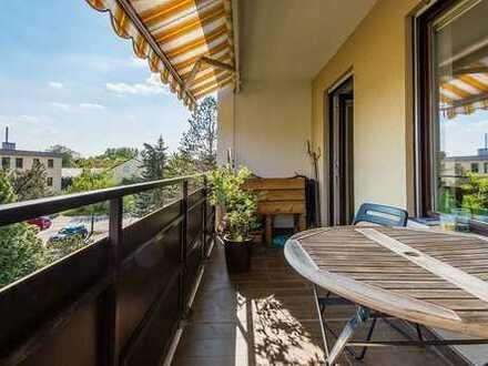 Provisionsfrei! 3 Zimmerwohnung mit Südbalkon, saniert, in ruhiger Lage, FREI!!!