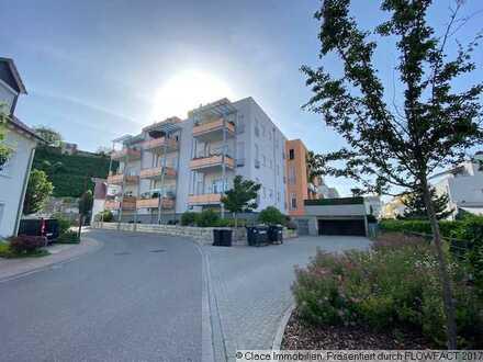 Reserviert: Moderne 2 Zimmerwohnung mit Erdterrasse und hohen Räumen