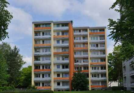 Modernisierte 4 Zimmer Wohnung mit 2 Balkonen in Hochzoll nähe Kuhsee ab sofort zu vermieten