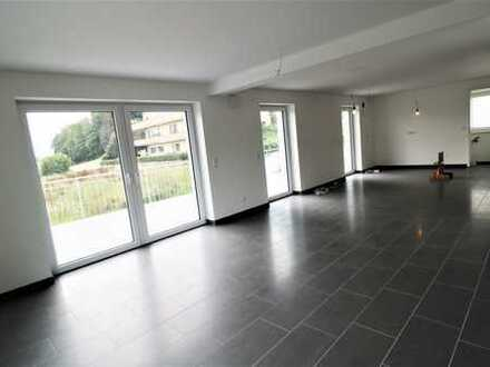 ***Große Maisonettewohnung in Lonsee***KfW 55***