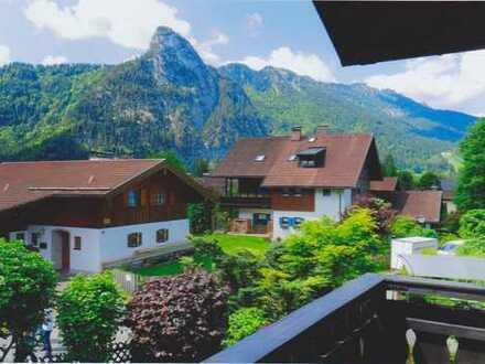 Absolut ruhig gelegene DHH in wunderbarer Bergblicklage von Oberammergau