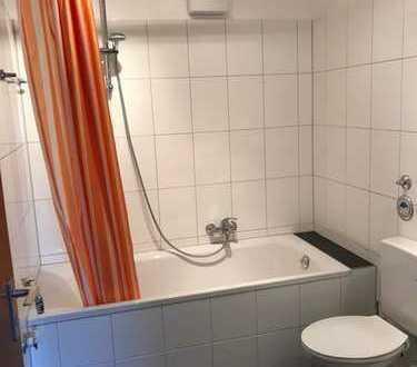 Gepflegte 1-Zimmer-Wohnung mit Terrasse und EBK in Bad Nauheim/Steinfurth