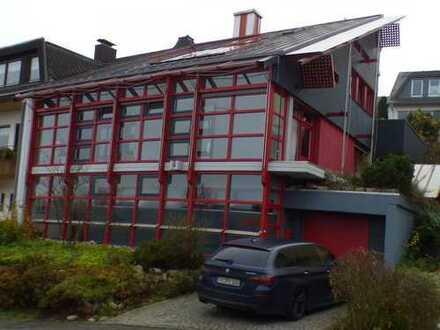 Wunderschönes interessantes großes Einfamilienhaus mit Wintergarten und 2 Balkone in Konz
