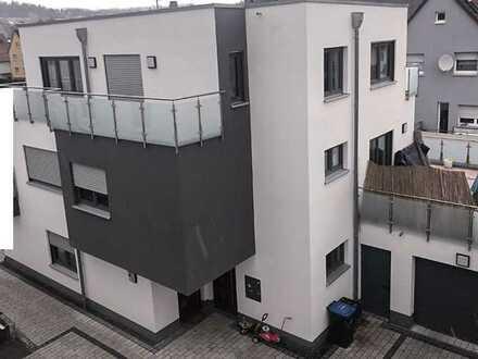 PREMIUM-WOHNEN Großzügige und Luxuriöse Maisonette-Wohnung mit bester Ausstattung