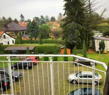 Eichwalde-kleine, feine 2-Zi-Dachgeschoßwohnung mit S/W-Balkon