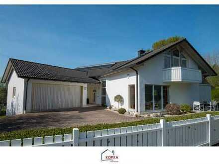 PROVISIONSFREI - Ruhiges wohnen am Park! Luxuriöses Haus mit vorbereitetem Innenschwimmbad
