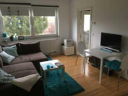 Schöne, geräumige ein Zimmer Wohnung in Augsburg, Kriegshaber