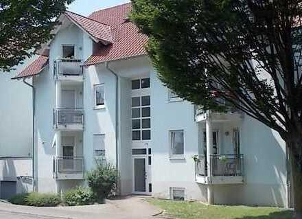 Viel Platz: Helle, freundliche 4,50-Zi.-DG-Maisonette-Wohnung: Riegel a.K.