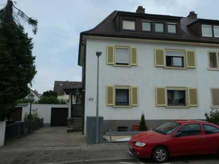 Gepflegte 2,5-Raum-Wohnung mit Terrasse in Karlsruhe