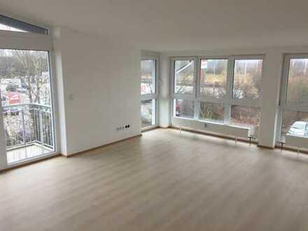 attraktive 3-Zimmer-DG-Wohnung mit Balkon in Fürstenfeldbruck