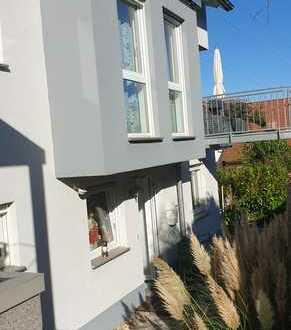 Gepflegte 2,5-Zimmer-Wohnung mit Terrasse und EBK in Pfinztal-Kleinsteinbach