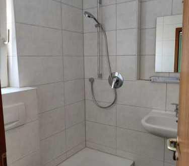 Stilvolle, modernisierte 1-Zimmer-Wohnung mit Balkon in Magstadt