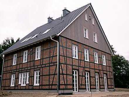 Erstbezug mit eigene Garten und Terrasse: freundliche 4-Zimmer-Maisonette-Wohnung in Hattingen