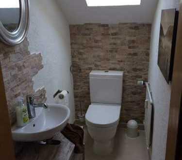 3 Zimmer-Whg. 115 qm in 2 FH zu vermieten