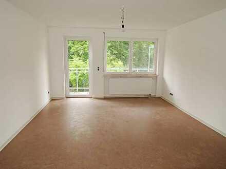 3 Zimmerwohnung mit Einbauküche und Balkon in Bamberg-Wunderburg