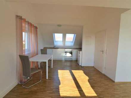 **Möbliertes Appartement**hervorragende Ausstattung**Parkett**Bad mit Fenster**Nahe B2 / A8**