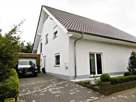 """""""Die Hälfte, die Ihr Leben komplett macht...!"""" Doppelhaushälfte in Oldenburg-Krusenbusch"""