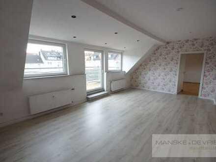 Ca. 95 m² große Wohnung mit Balkon plus ca. 50 m² Hobbyraum im Spitzboden