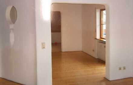 Ansprechende 3-Zimmer-EG-Wohnung mit Balkon und EBK in Bollschweil