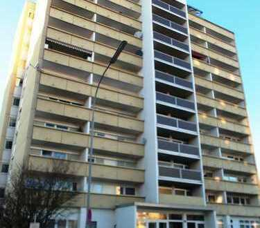 ZWANGSVERSTEIGERUNG - Ingolstadt, Herschelstraße; kleines Penthouse sucht neuen Eigentümer!