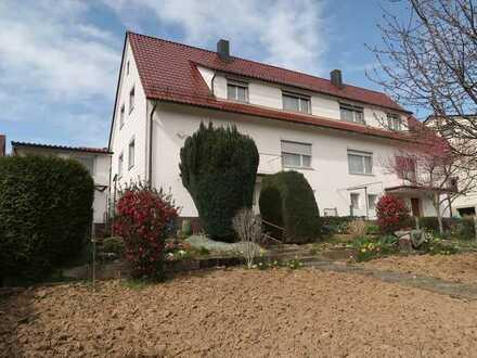 Mehrfamilienhaus in ruhiger Halbhöhenlage mit großem Garten, Gartenhaus, Garage und Stellplatz