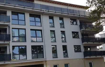 Erstbezug: 4-Zimmer-Terrassenwohnung mit Einbauküche und 2 Bäder in Teltower Altstadt
