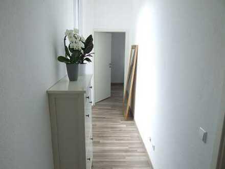 ++ WG-geeignete, modernisierte 3 ZKB Wohnung im 1.OG eines 4-Parteienhauses in LD-Stadt! ++
