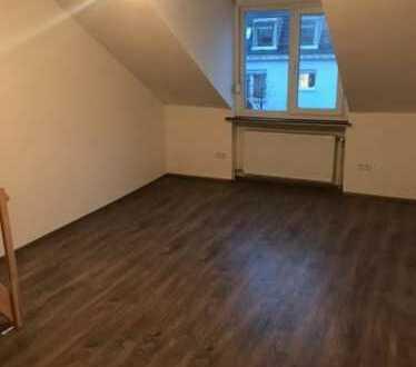 Schöne 2 Zi.Wohnung in zentraler Lage U3/U6 Poccistrasse