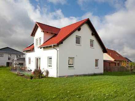 Wunderschönes Traumhaus in ruhiger Lage mit unverbaubarem Blick !MIETKAUF!