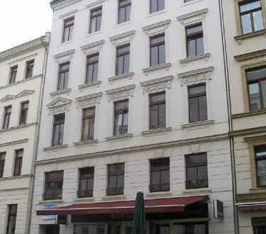Südbalkon in der Südvorstadt-4-Raum-Wohnung