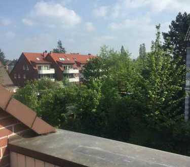 Sehr gepflegte 3-Zimmer-Dachgeschosswohnung mit Balkon und EBK in Dorsten Stadtzentrum