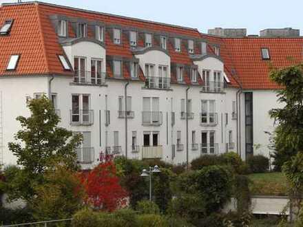 Helles Apartement mit Einbauküche und Blick ins Grüne in guter Lage zu vermieten!
