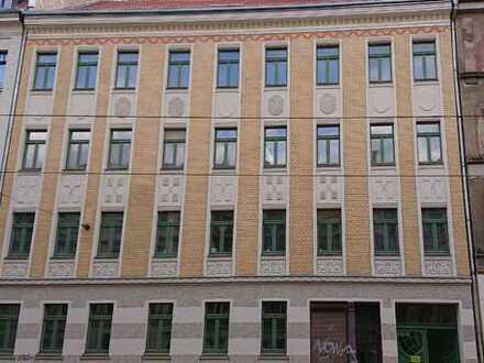 Stylische 5-Zimmer-Dachgeschosswohnung mit Südbalkon