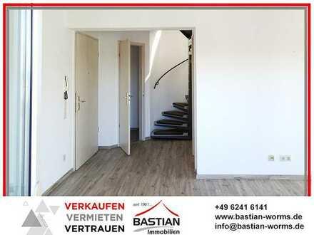 ON TOP! Dachgeschoss-Maisonette mit Balkon, TG-Stellplatz und Lift in absoluter Zentrumslage!