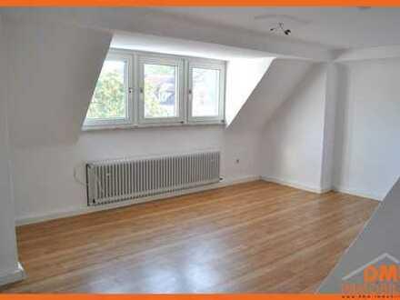 Helle und ruhige 3 ZKB für Single oder Paar,TG Bad mit Dusche,PKW-Stellplatz,Keller, Küche