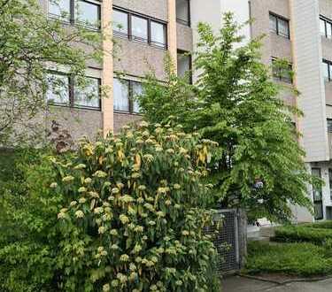 Geräumige 4.5 Zimmer Wohnung mit Doppelgarage