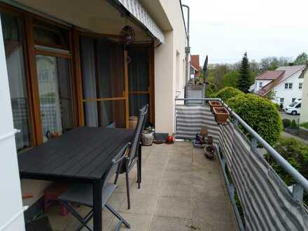 Seniorengerechte 3-Raum-Wohnung mit Balkon und Einbauküche in Leingarten